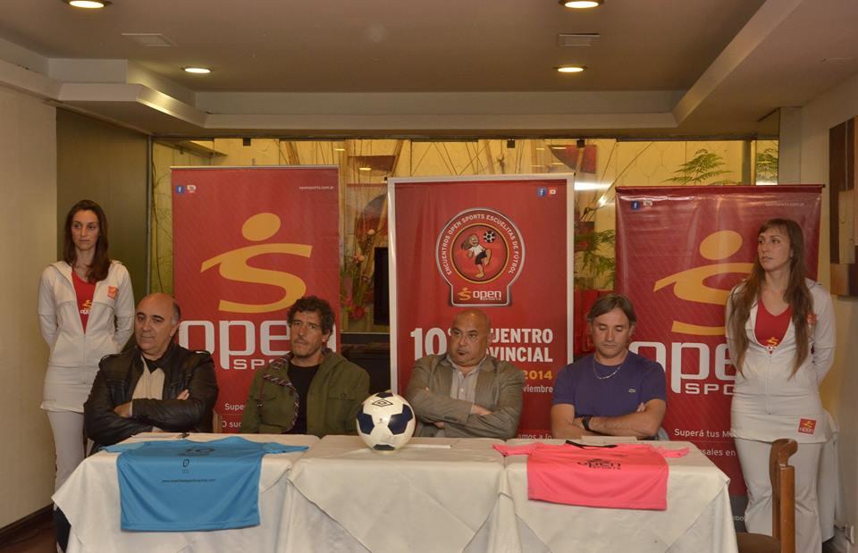 La mesa de presentación del Encuentro con Juan Rey Marcelo Cardellino, Sergio Orazi y Marcelo López.