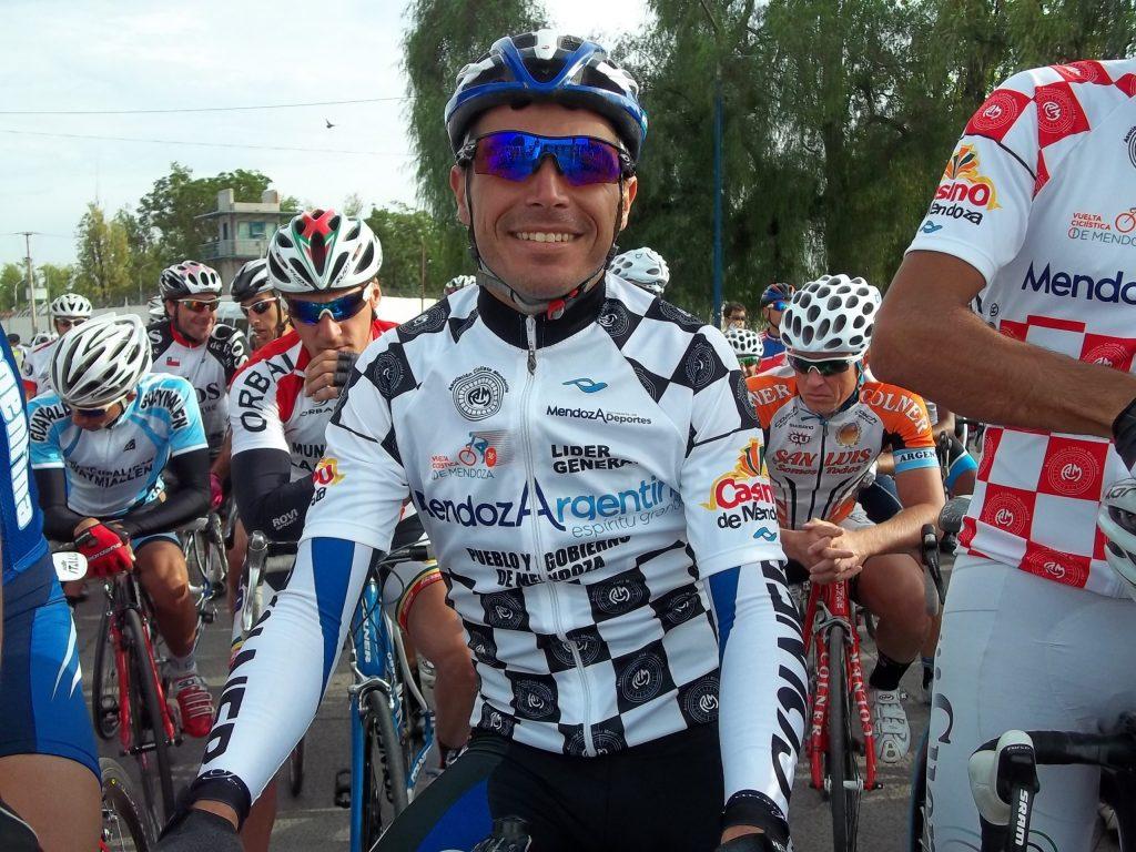 Juan Gáspari, siempre uno de los mejores representantes del ciclismo de la ciudad. (Foto: Archivo)