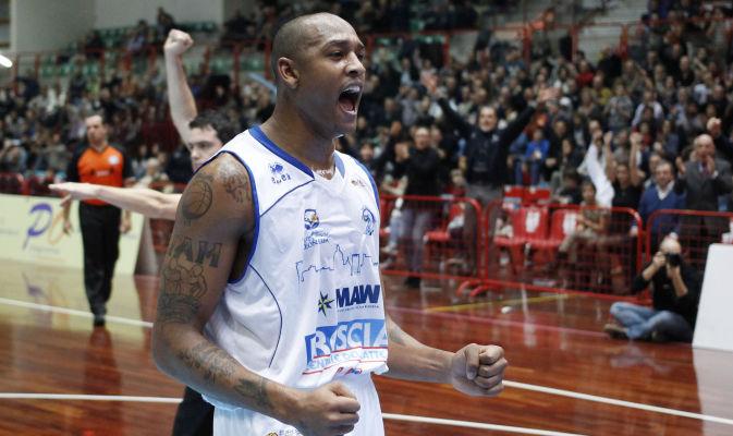 Justin Ray (JR) Giddens, el extranjero que quiere Peñarol.