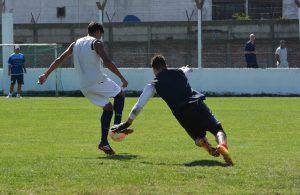 El primer partido, lo ganó Huracán y el segundo quedó en manos de Unión (Foto: Pedro Celano)