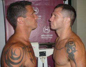 Acosta y Mansilla, frente a frente. (Foto: Prensa Argentina Boxing Promotions)