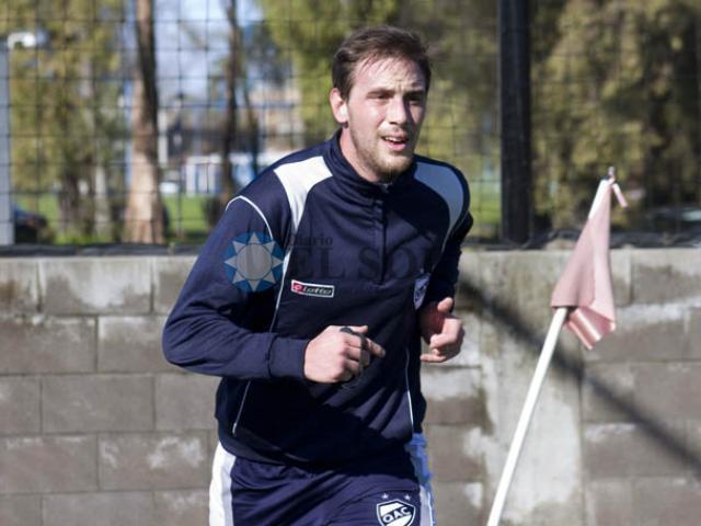 Brian Cucco es el nuevo defensor de Unión para el Nacional 2015. (Foto: www.elsolquilmes.com.ar)