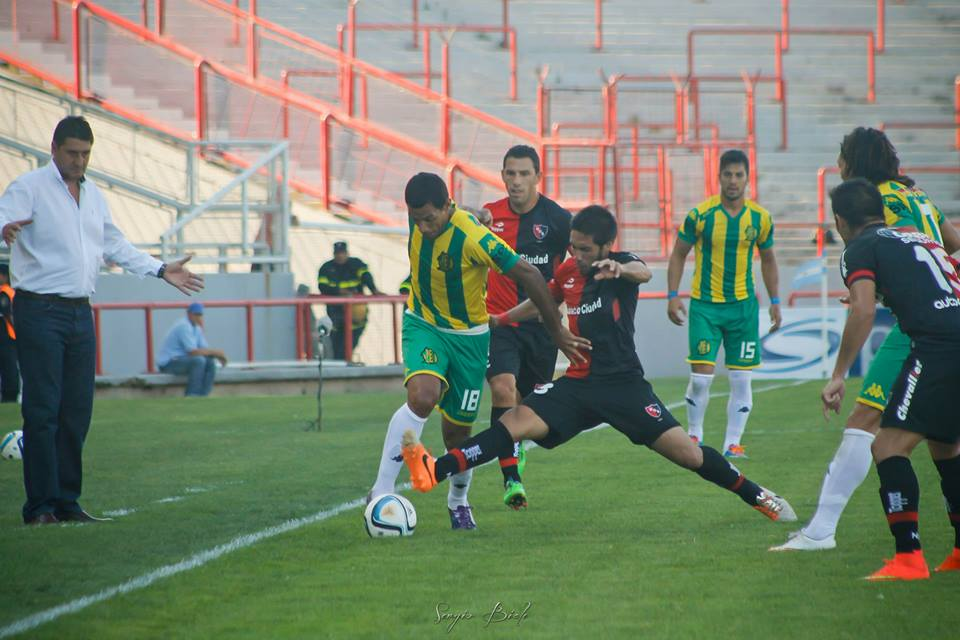 José Sand debutó con la camiseta de Aldosivi. (Foto: Sergio Biale)