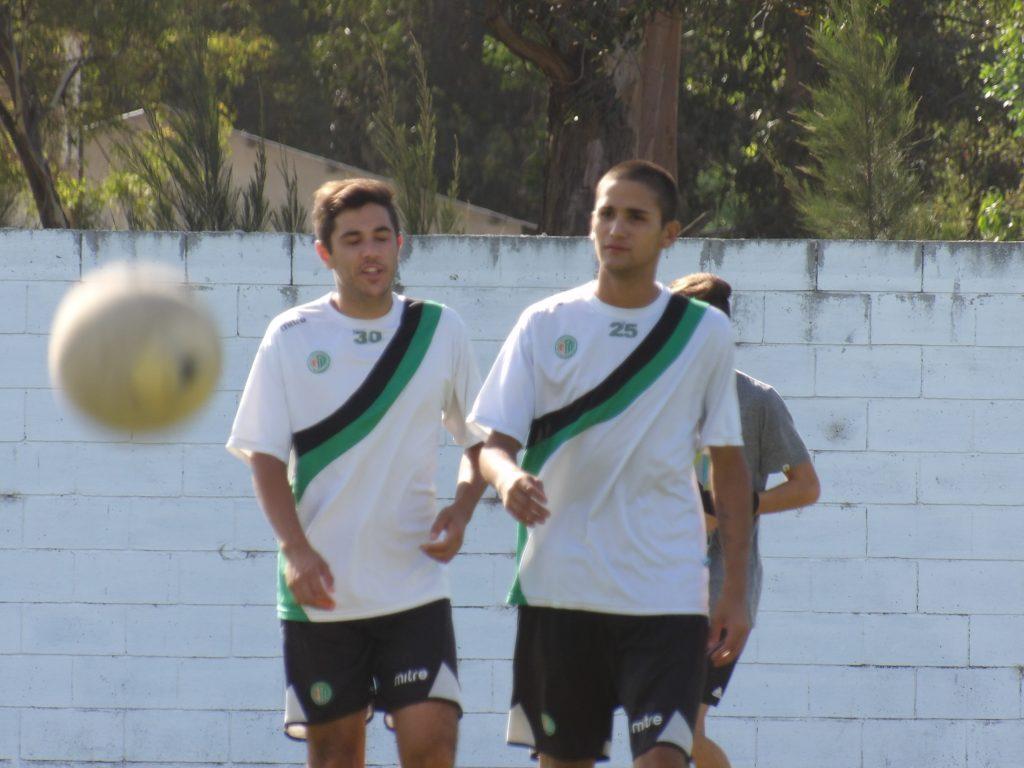 """Imagen del primer entrenamiento del equipo """"verdiblanco"""". (Foto: Prensa Kimberley)"""
