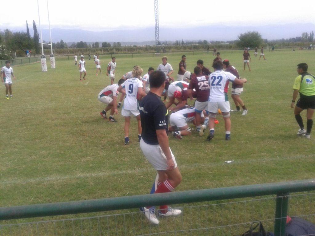 Los chicos del M18 de la URMDP perdió en Mendoza. (Foto: Prensa URMDP)