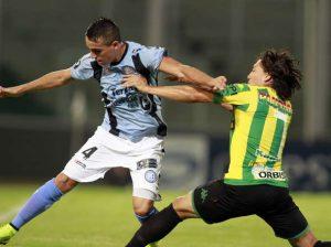 Lugüercio hizo un desgaste enorme como en todos los partidos. (Foto: Olé)