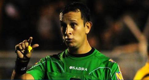 Darío Herrera, el árbitro para Aldosivi-Quilmes.