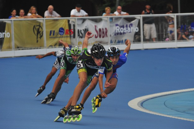 Buena participaci n marplatense en rosario marca deportiva for Liga municipal marca