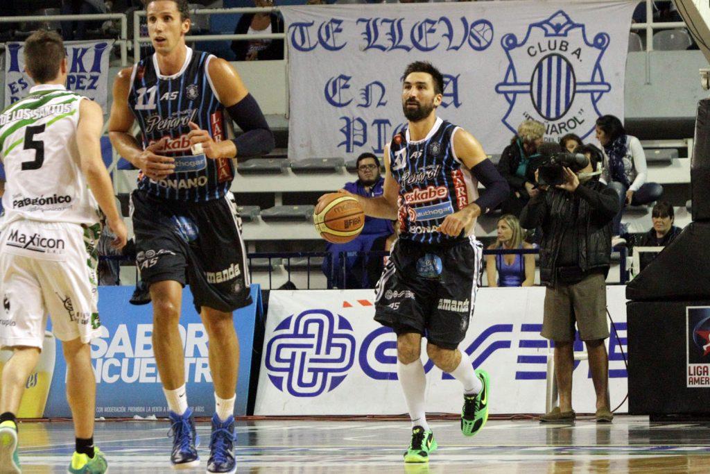 Martín Osimani manejó los tiempos del partido y fue la figura. (Foto: Carlos De Vita)