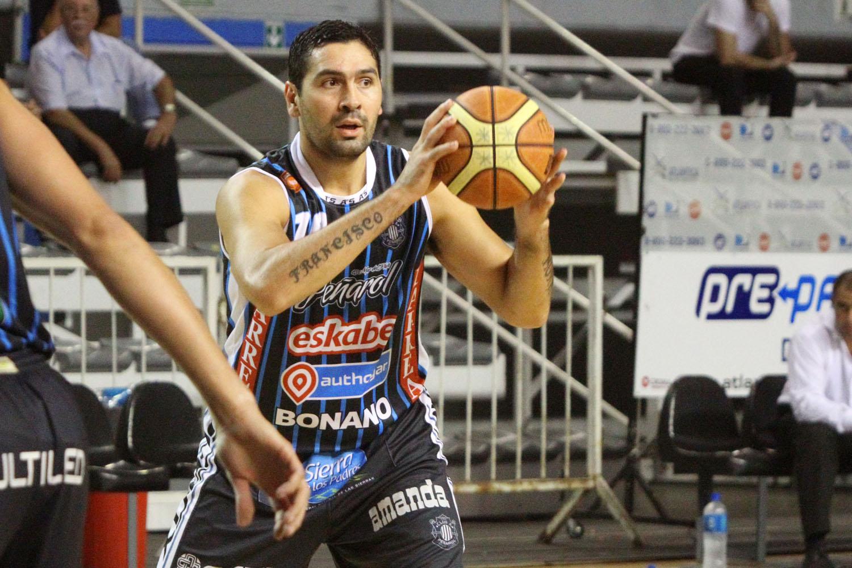 Leonardo Gutiérrez se desgarró en plena pre-temporada. (Foto: Carlos De Vita)