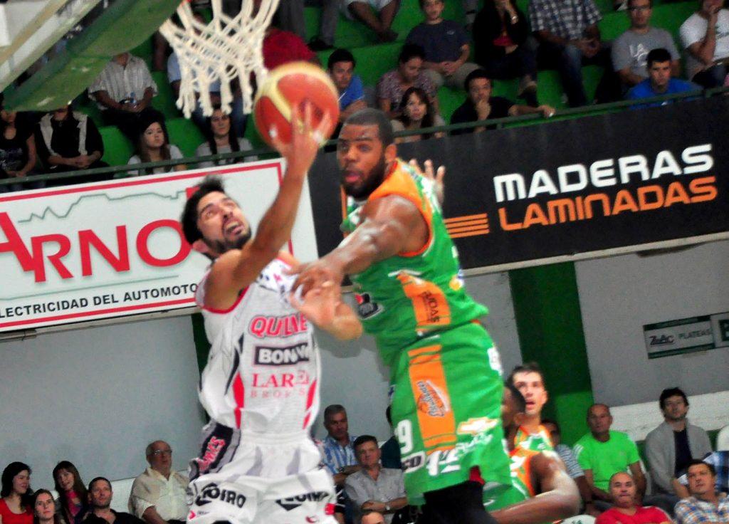 Luis Cequeira tuvo un buen partido en Concordia. (Foto: LNB.com.ar)