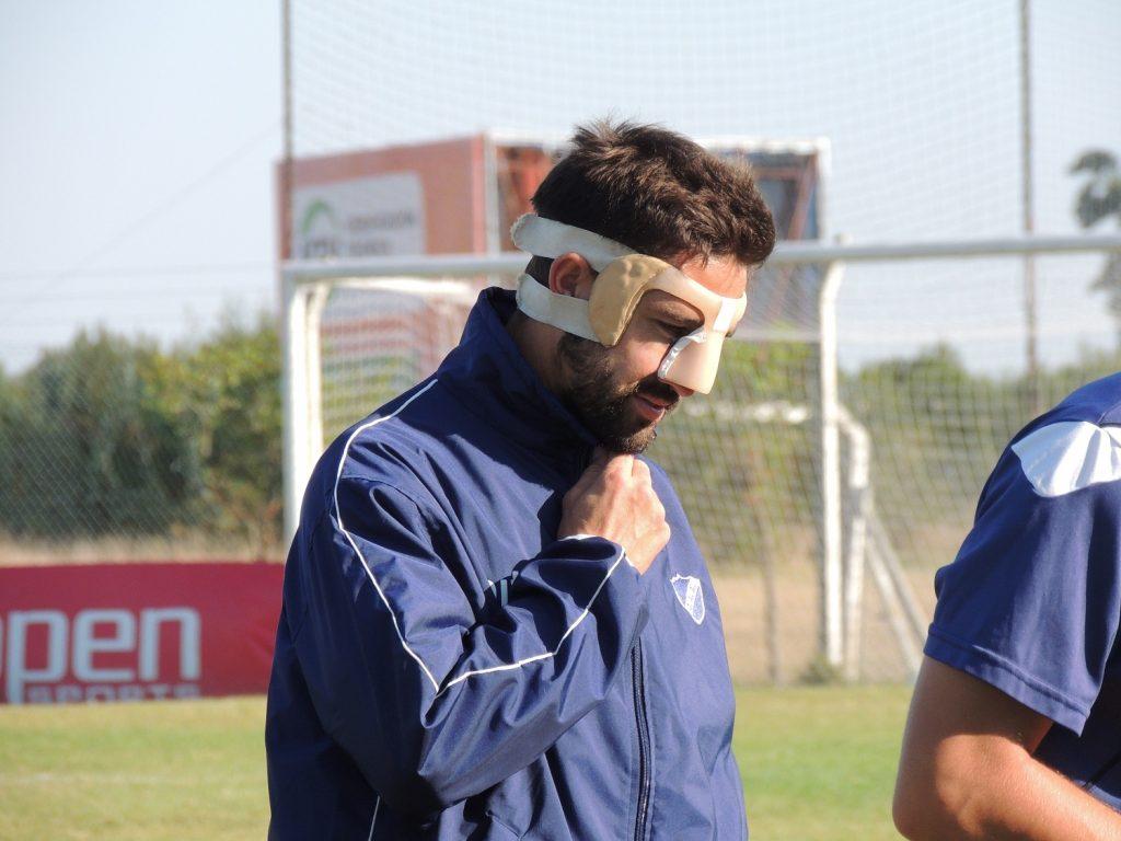El enmascarado Rodríguez Rendón en la práctica de hoy.