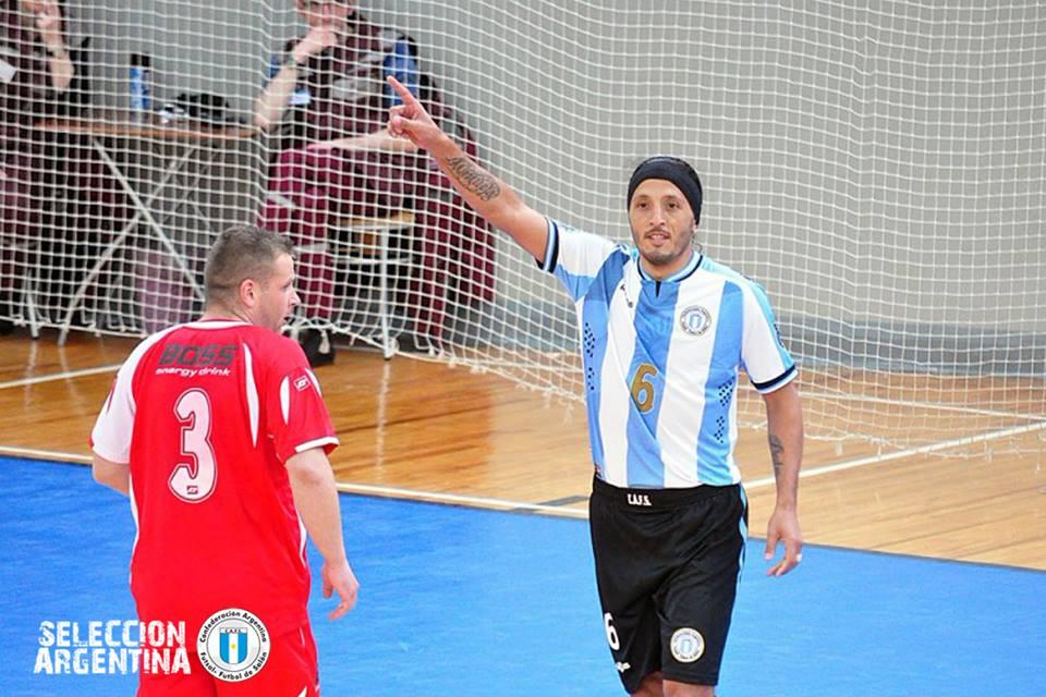 Fabián Banegas, quien supiera ser sub-campeón del mundo en Mendoza, con la casaca nacional. (Foto: Facebook Selección Argentina)