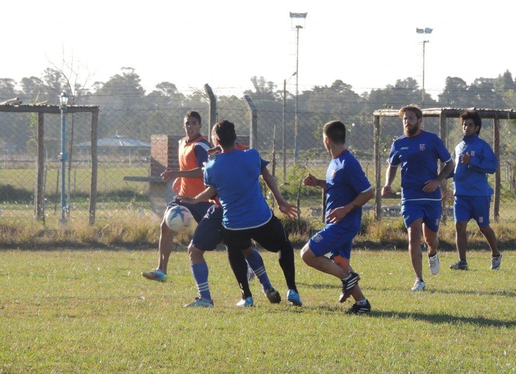 El gol de Jonás Pereyra en el amistoso con Libertad.