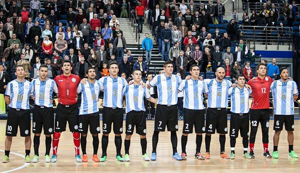 El equipo argentino con los marplatenses Mariano Cardone y Fabián Banegas.