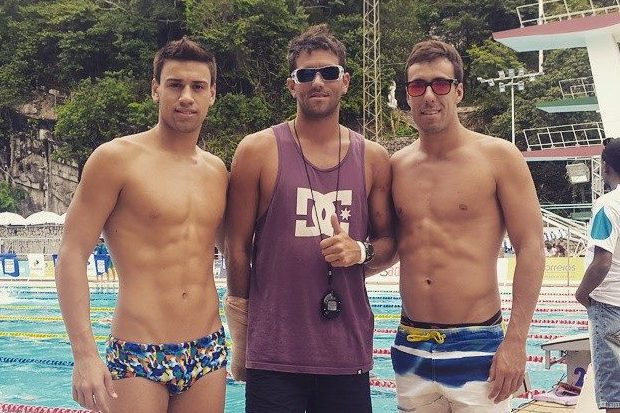 Guido Buscaglia, Federico Diez (entrenador) y Facundo Miguelena en Río de Janeiro.