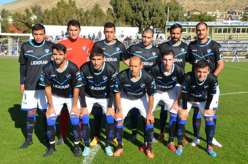 Alvarado presentará tres cambios en el equipo.