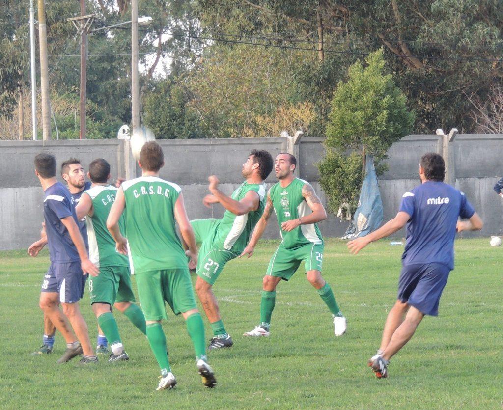 Alvarado se enfrentó con Camioneros en el inicio de la semana. (Foto: Prensa Alvarado)