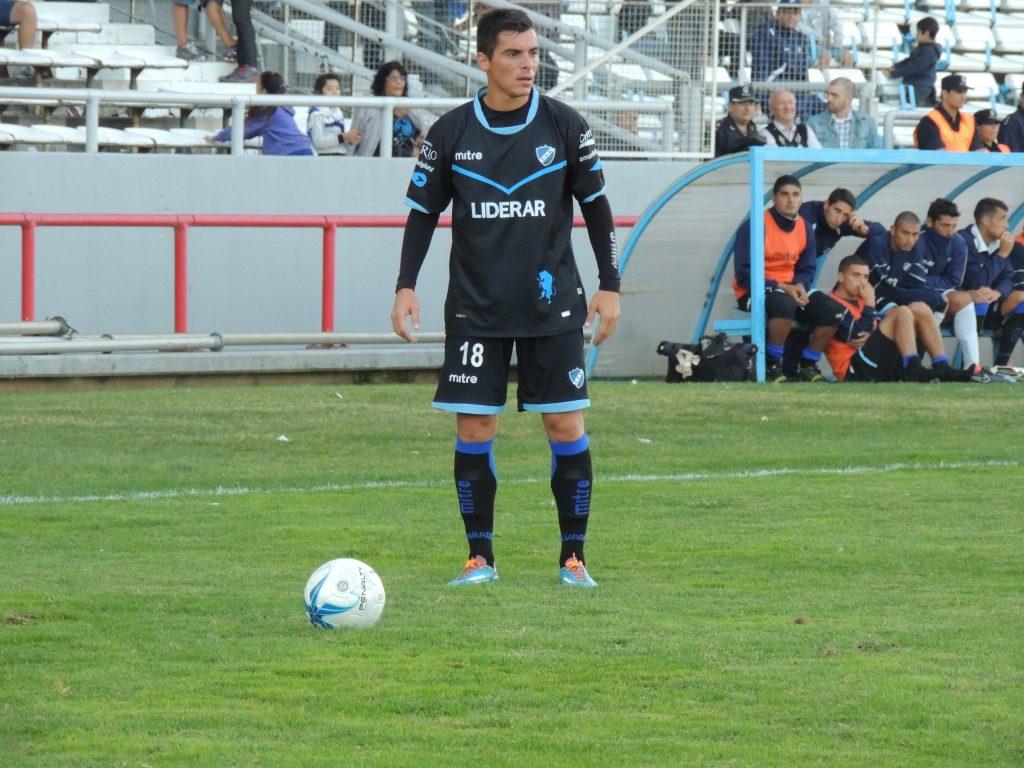 Alvarado ya empieza a preparar el partido del fin de semana.