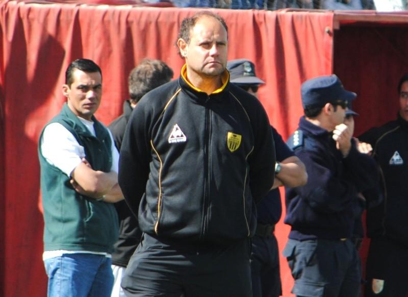 Duilio Botella, nuevo entrenador de Alvarado. (Foto: El Diario de Tandil)
