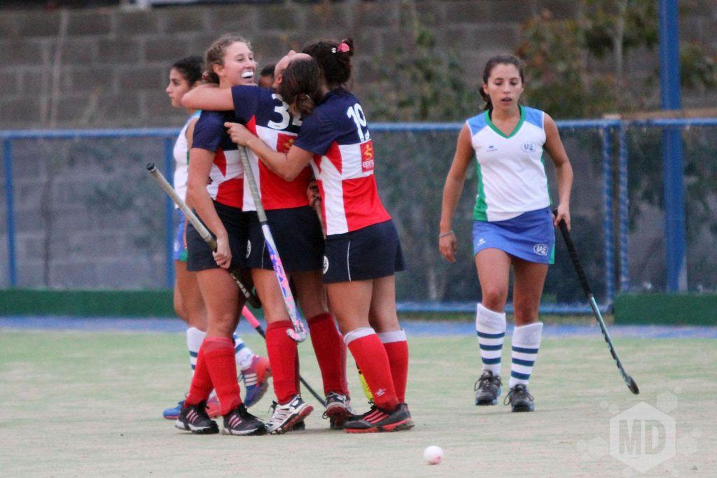 Unión del Sur celebra uno de los goles convertidos ante IAE Club (Foto: Carlos De Vita)