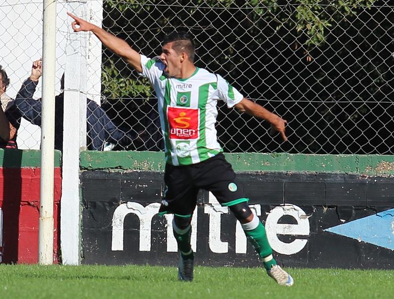 Kimberley goleó 4-1 a El Cañón. (Foto: Diego Berrutti)
