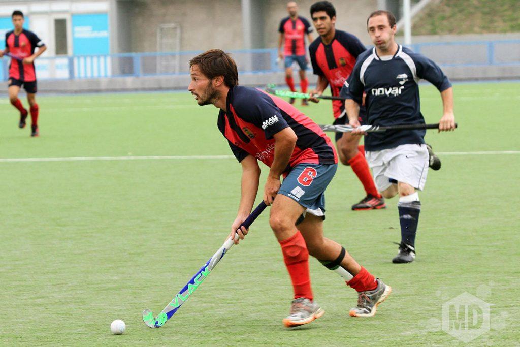 Carlos Domecq con la bocha dominada. (Foto: Carlos De Vita)