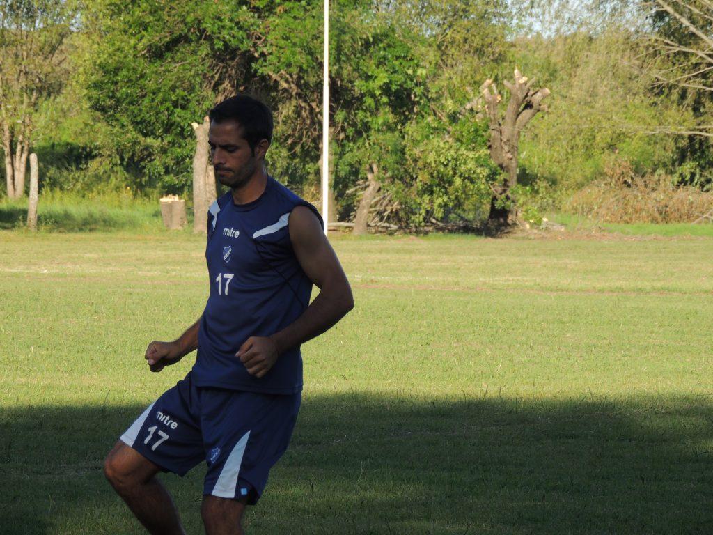 Todavía no se definió el equipo para enfrentar a Belgrano de Santa Rosa.