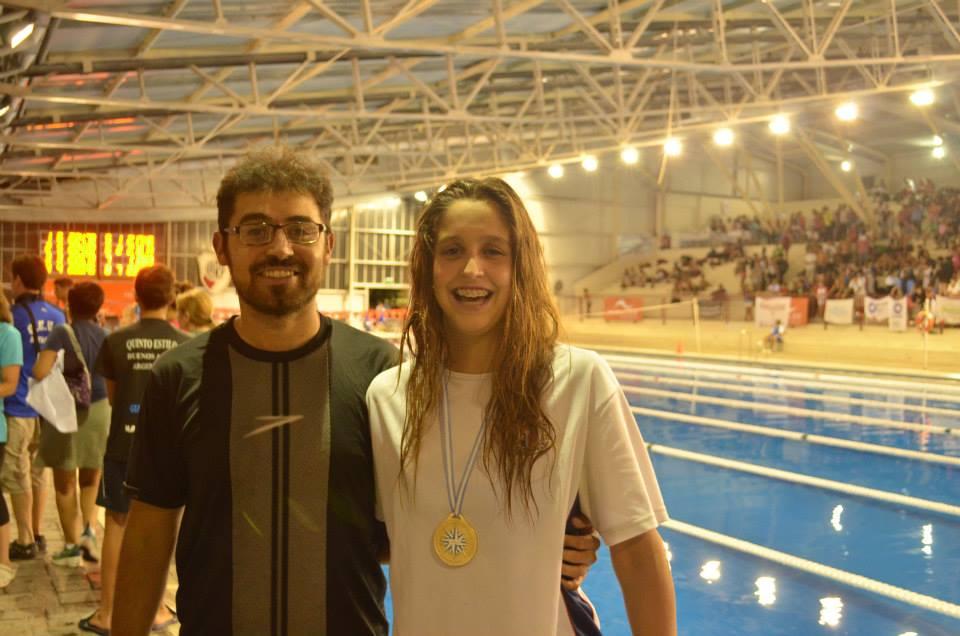 Malena Rolandi junto a su entrenador, Ezequiel Valdez.