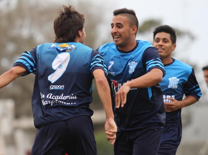 Racing goleó a San José en el Interzonal y es escolta de Atl. MDP.