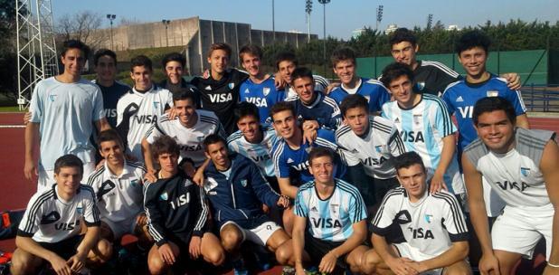 El equipo Sub-21 de Argentina con Joaquín Puglisi.