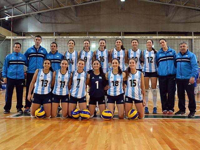 El equipo argentino en la UNLAM con Azul Benítez usando la camiseta 7.