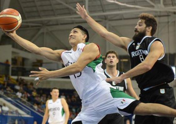 Argentina pudo reaccionar a tiempo, pero cayeron en suplementario. (Foto: FIBA)