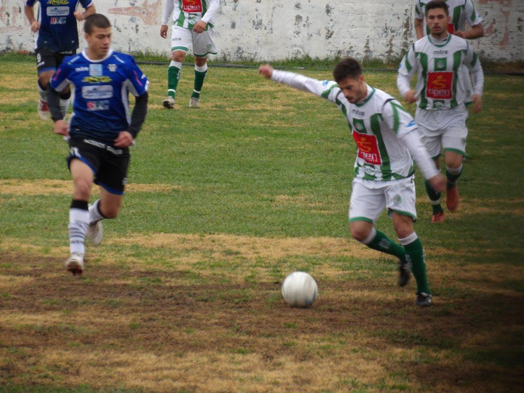 Kimberley pudo rescatar un empate en Bahía Blanca.