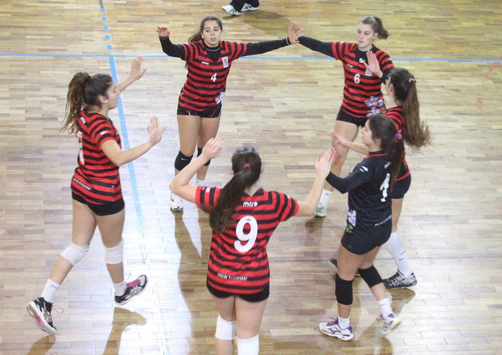 Las chicas celebraron su vigésimo título consecutivo en la primera división.