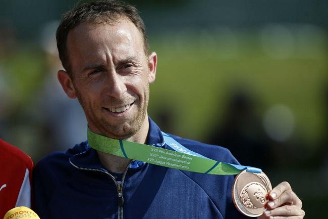 Mariano Mastromarino luciendo su bronce panamericano.