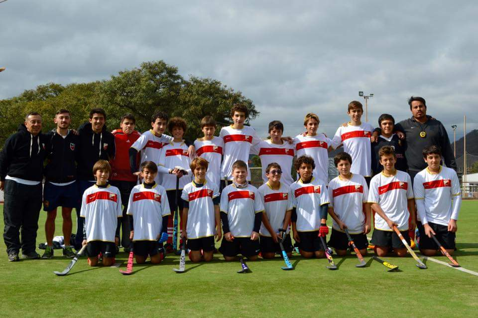 La foto grupal de los chicos que representan a Mar del Plata. (Foto: Roxana Galbiatti)