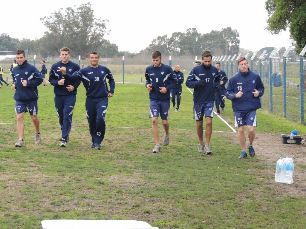 Alvarado volvió a los entrenamientos esta tarde.