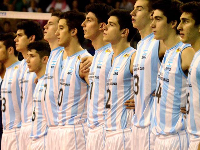 El equipo argentino al momento del himno nacional.