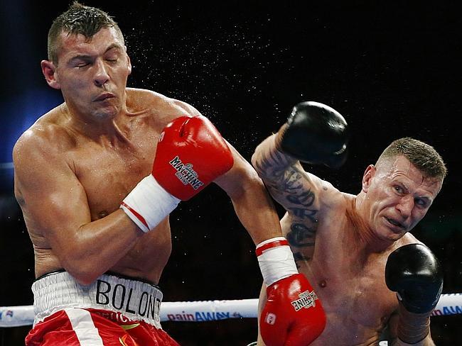 Roberto Bolonti trata de esquivar el golpe de Danny Green.