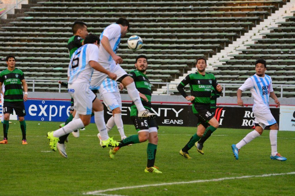 Unión no pudo superar a Estudiantes. (Foto: Pedro Celano)