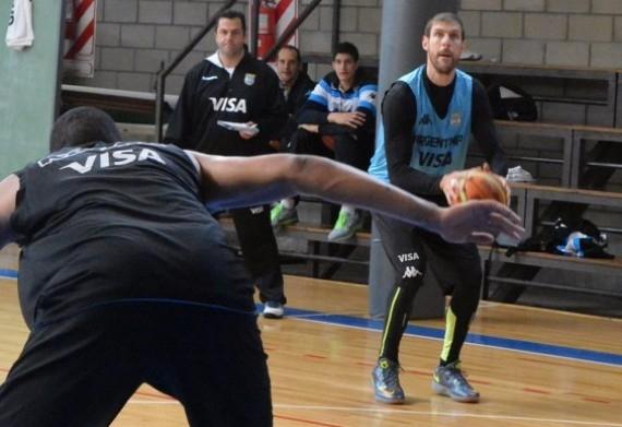 Andrés Nocioni entrenó con el equipo nacional. (Foto: CABB)