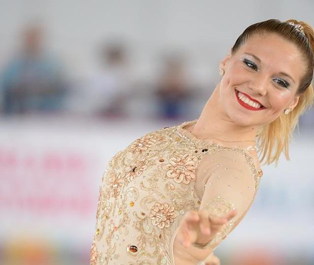 Nadia Ortiz Villar disfrutando de su performance en Cali.