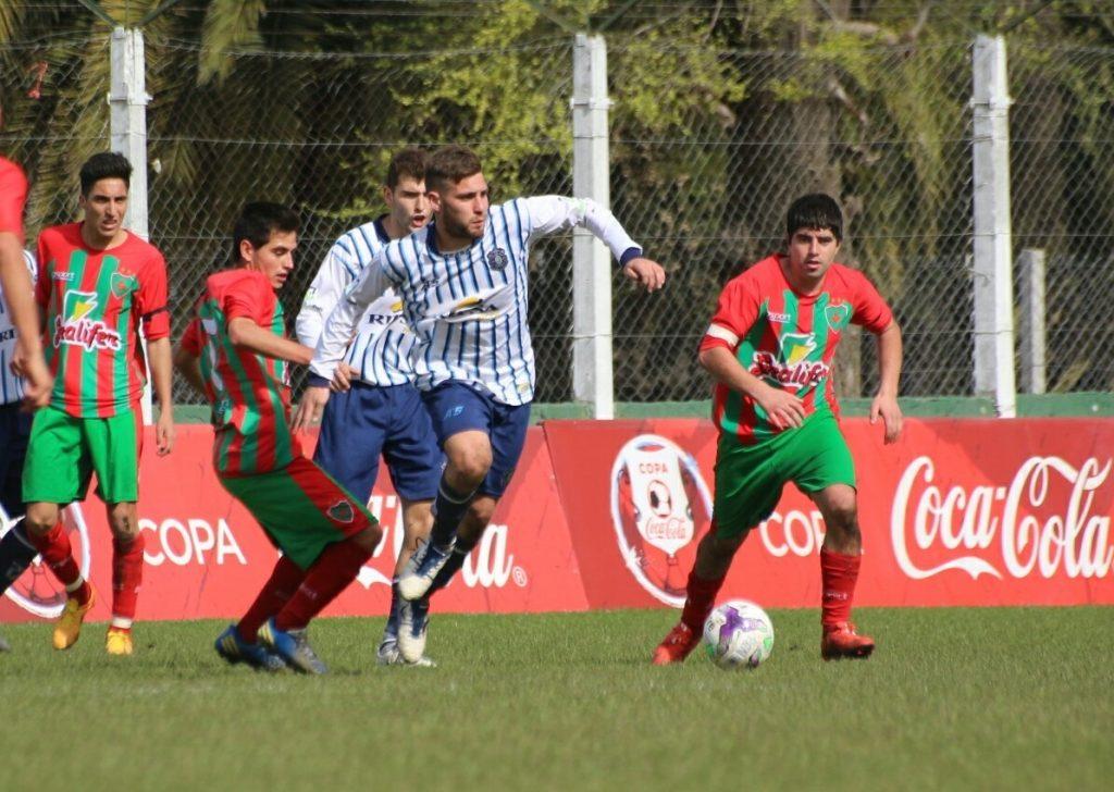 Peñarol fue uno de los protagonistas de la jornada. (Foto: Diego Berrutti)