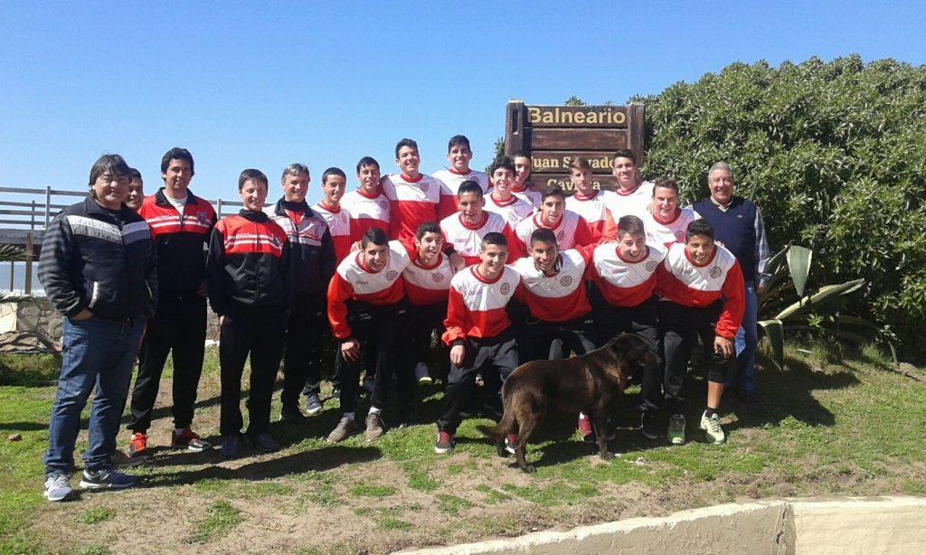 La Selección de Mar del Plata en su llegada a Mar de Ajó. (Foto: LMF)