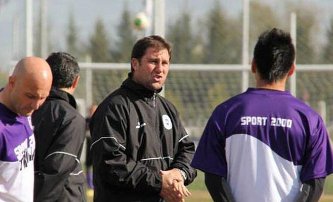 Walter Otta como DT de Villa Dálmine, logró el ascenso a la B Metropolitana.