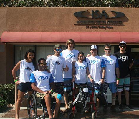 EQUIPO. Estos son los integrantes del equipo argentino de surf adaptado. (Foto: Facebook ASA)