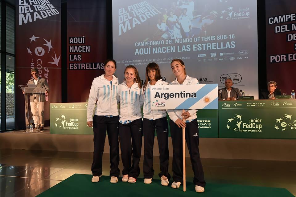 El equipo nacional en la Junior Fed Cup.