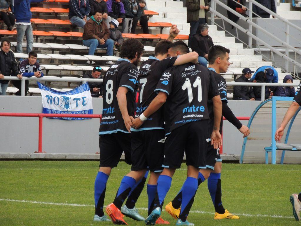 Alvarado fue contundente ante el peor equipo de la Reválida.