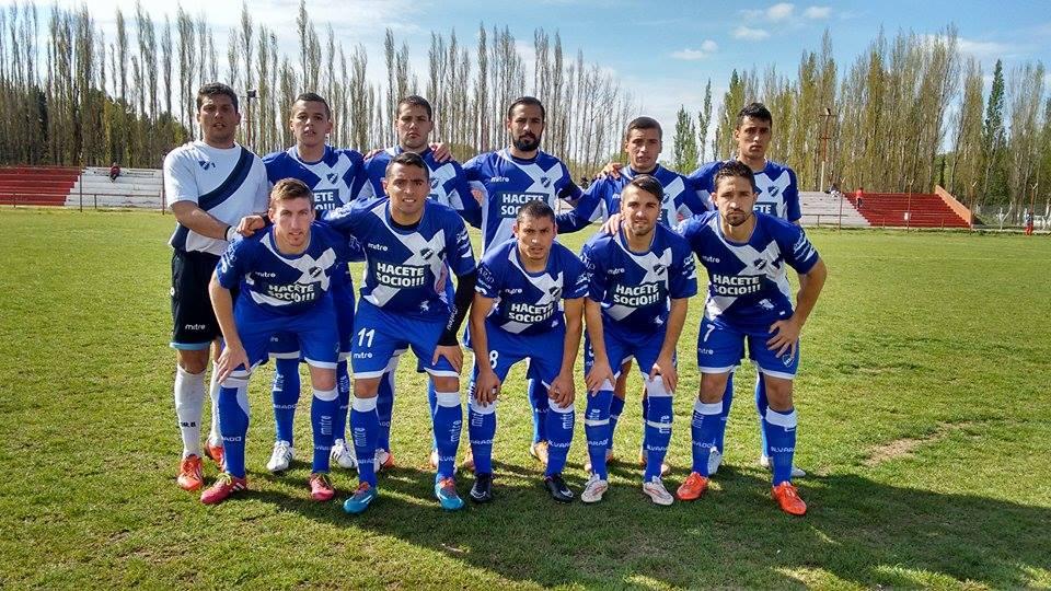 La formación de Alvarado en el partido ante Independiente de Neuquén. (Foto: Gisel Williams)